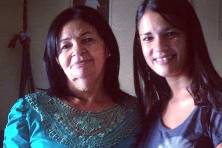 """""""Você pode, você é capaz, eu acredito em você"""" – quando o incentivo de uma mãe ajuda uma moça a mudar a realidade"""
